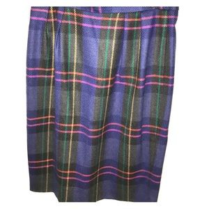 Dresses & Skirts - Colorful Plaid in wool lined size L not scratchy